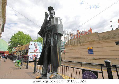London England - June 3, 2019: Sherlock Holmes Statue On Baker Street London Uk.