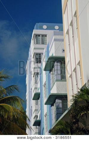 Profile Of Art Deco Hotels In South Beach