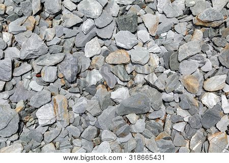 Slate Chipping Decorative Aggregates Weed Control Ground Cover From An Overhead Perspective