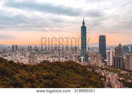 May 4, 2019 :skyline Of Taipei Cityscape Taipei 101 Building Of Taipei Financial City ,taiwan
