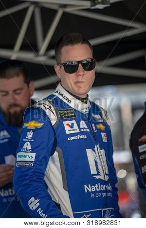 August 16, 2019 - Bristol, Tennessee, USA: Alex Bowman (88) takes to the track to practice for the Bass Pro Shops NRA Night Race at Bristol Motor Speedway in Bristol, Tennessee.