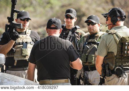 Special Anti-terrorist Unit. Commander Delegates The Task Of Training The Anti-terrorist Unit