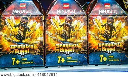 Lego Ninjago 70685 Spinjitzu Flurry On Sale In The Hypermarket 11.04. 2021 In Russia, Kazan, St. Pav