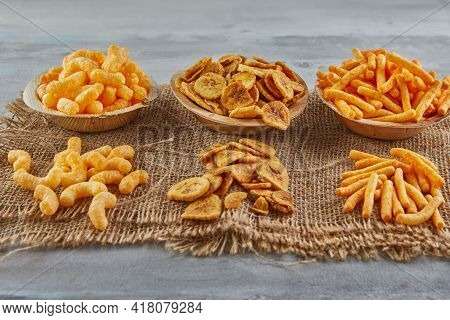 Banana Chips Are A Healthy Meal, And Corn Puff Snacks Are Great Snack