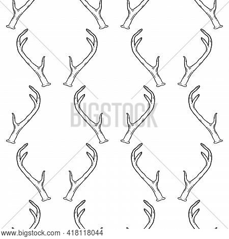 Monochrome Seamless Pattern With Deer Antlers. Vector Nature Wildlife Animal Background In Black And