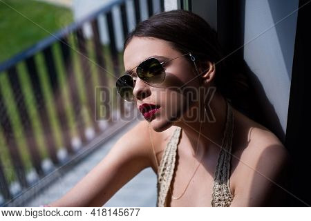 Sunglasses Vogue Fashion. Sensual Model Girl With Makeup. Young Woman Fashion Glasses Style.