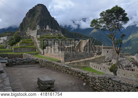 Machu Picchu  - The Lost City Of The Incas, Peru. Mt Huayna Picchu (waynapicchy) Is At The Backgroun