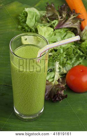 refreshing vegetable smoothie milk shake