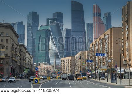 Moscow, Russia - April 14, 2021: View Of Bolshaya Dorogomilovskaya Street Against The Backdrop Of Th
