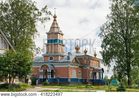 Beautiful Wooden With Carved Decorations Church Of The Transfiguration Of The Lord In Vazheozersky S