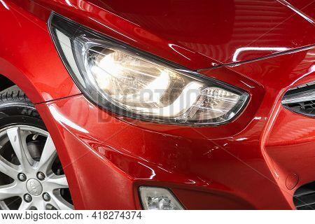 Novosibirsk, Russia - April 25 2021: Hyundai Solaris, Close Up Of The Car Detailing: Beauty Clean He