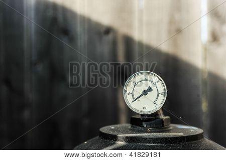 Pressure Guage Is At Zero Psi On A Pump