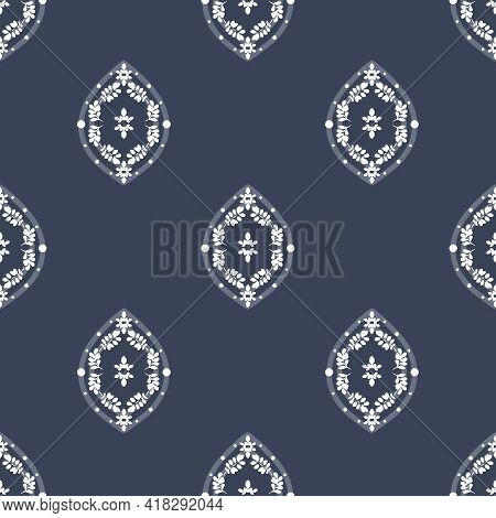 Vector White Floral Ogee On Navy Blue Seamless Pattern Background. Perfect For Fabric, Scrapbooking