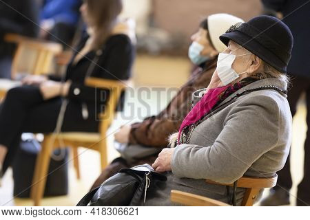 Belarus, The City Of Gomil, April 17, 2021 Meeting Club Of The Elderly. A Group Of Elderly People We