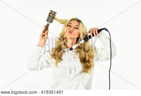 Eco Friendly Salon. Sexy Woman Has Long Curly Blond Hair. Girl At Hairdresser. Woman With Long Blond