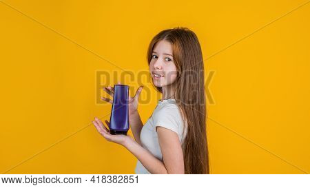 Perfect Style. Daily Habits And Personal Care. Child Use Shampoo In Bottle. Hair Conditioner. Beauty