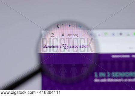 New York, Usa - 26 April 2021: Alzheimers Association Alz.org Logo Close-up On Website Page, Illustr