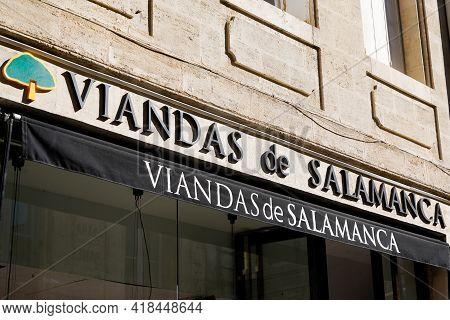 Bordeaux , Aquitaine France - 04 22 2021 : Viandas De Salamanca Logo Brand And Text Sign Of Meat And