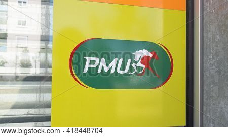 Bordeaux , Aquitaine France - 04 22 2021 : Pmu Logo Brand And Horse Sign Text On Store Front Of Fren