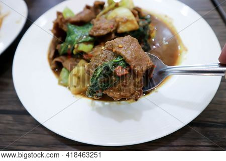 Stir Fried Beef With Caraway Or Stewed Beef For Serve
