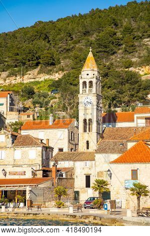 Vis, Croatia - 31.03.2021: Mediterranean Town Vis Without Tourists. Yachtind Destination, Island Vis