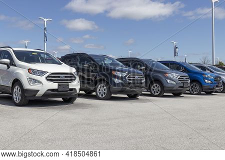 Plainfield - Circa April 2021: Ford Ecosport Display At A Dealership. Ford Offers The Ecosport In A