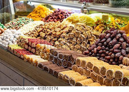 Turkish Delight Sold In The Grand Bazaar (kapali Carsi) In Istanbul, Turkey.