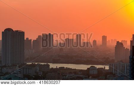 Cityscape With Polluted Air. Air Pollution. Smog And Fine Dust Covered City In The Morning With Oran