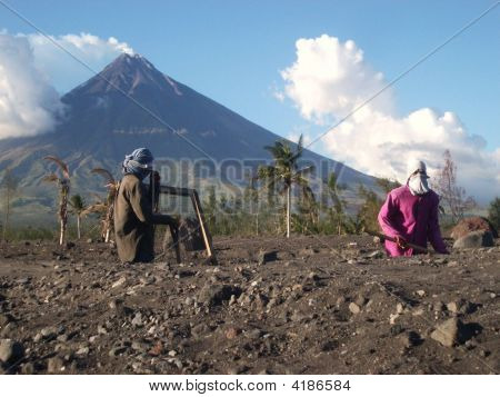 Diggers And Mayon Volcano (Perfect Cone)