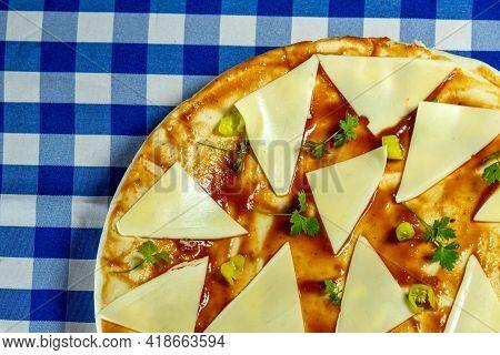 Homemade Cheese Pizza And Tarantella Sauce