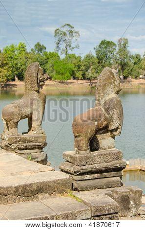 Srah Srang baray, guardian lions, Angkor, Cambodia