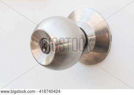 Detail Of A Metallic Door Knob On White Door , Stainless Steel Round Ball Door Knob