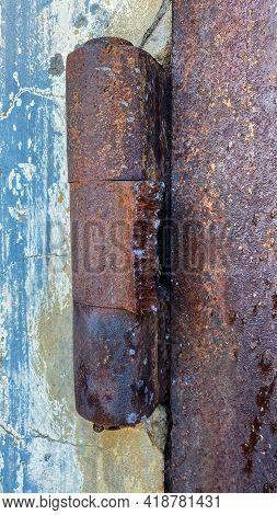 Metal Cast Iron Door Hinges, Welding Marks, Dismantling.