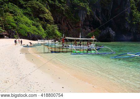 Palawan, Philippines - December 1, 2017: People Visit Shimizu Island On An Island Hopping Tour In Pa