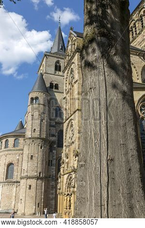 Trier, Germany - July 06, 2018: High Cathedral Of Saint Peter In Trier