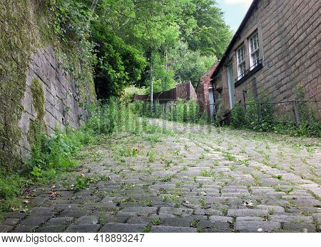 A Cobbled Steep Lane Known As The Buttress Leading From Hebden Bridge Towards Heptonstall In Calderd
