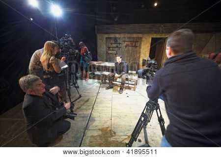 MOSCOW - JAN 18: Actor Dmitry Vysotsky, journalists and cameramen during press-preview of The Cripple from Inishmaan at Theatre on Taganka, Jan 18, 2012, Moscow, Russia.