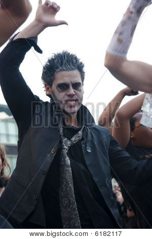 Rocker Zombie Dancer