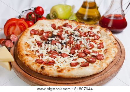 Sausage And Chees Pizza