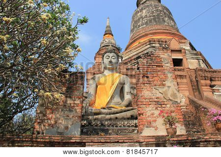 Buddha In Front Of Giant Pagoda In Ayudhaya, Thailand