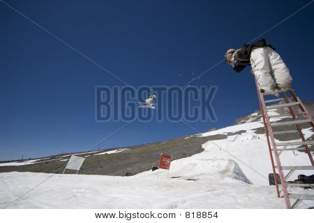Photographing a Skier