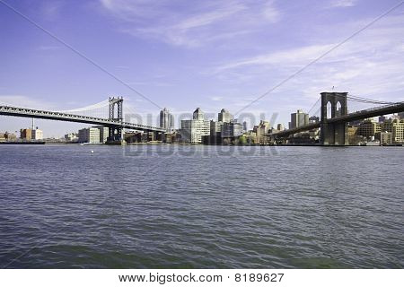 Bridges on east river in Manhattan