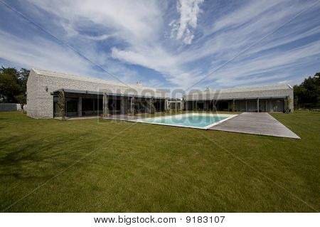 Modern stone house in Istria