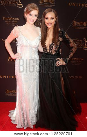 LOS ANGELES - MAY 1:  Ashlyn Pearce, Reign Edwards at the 43rd Daytime Emmy Awards at the Westin Bonaventure Hotel  on May 1, 2016 in Los Angeles, CA