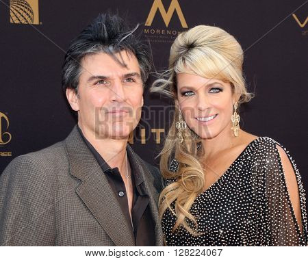 LOS ANGELES - MAY 1:  Vincent Irizarry, Arianne Zucker at the 43rd Daytime Emmy Awards at the Westin Bonaventure Hotel  on May 1, 2016 in Los Angeles, CA