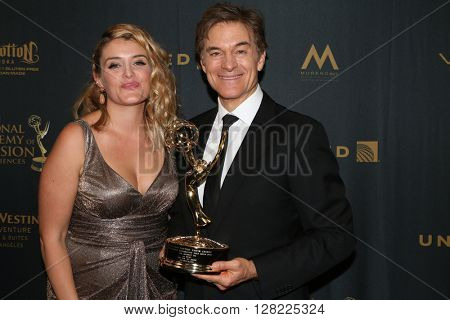 LOS ANGELES - MAY 1:  Daphne Oz, Dr. Mehmet Oz at the 43rd Daytime Emmy Awards at the Westin Bonaventure Hotel  on May 1, 2016 in Los Angeles, CA