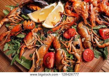 Fresh Mussels, Crayfish, Shrimp Decorated With Arugula, Tomatoes