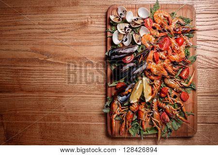 Fresh Mussels, Crayfish, Shrimp Decorated With Arugula, Tomatoes
