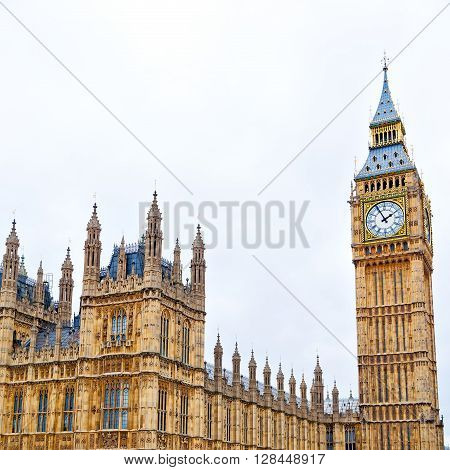 England  Aged City In London Big Ben And Historical Old Construction
