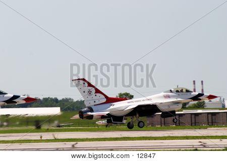 Thunderbird01
